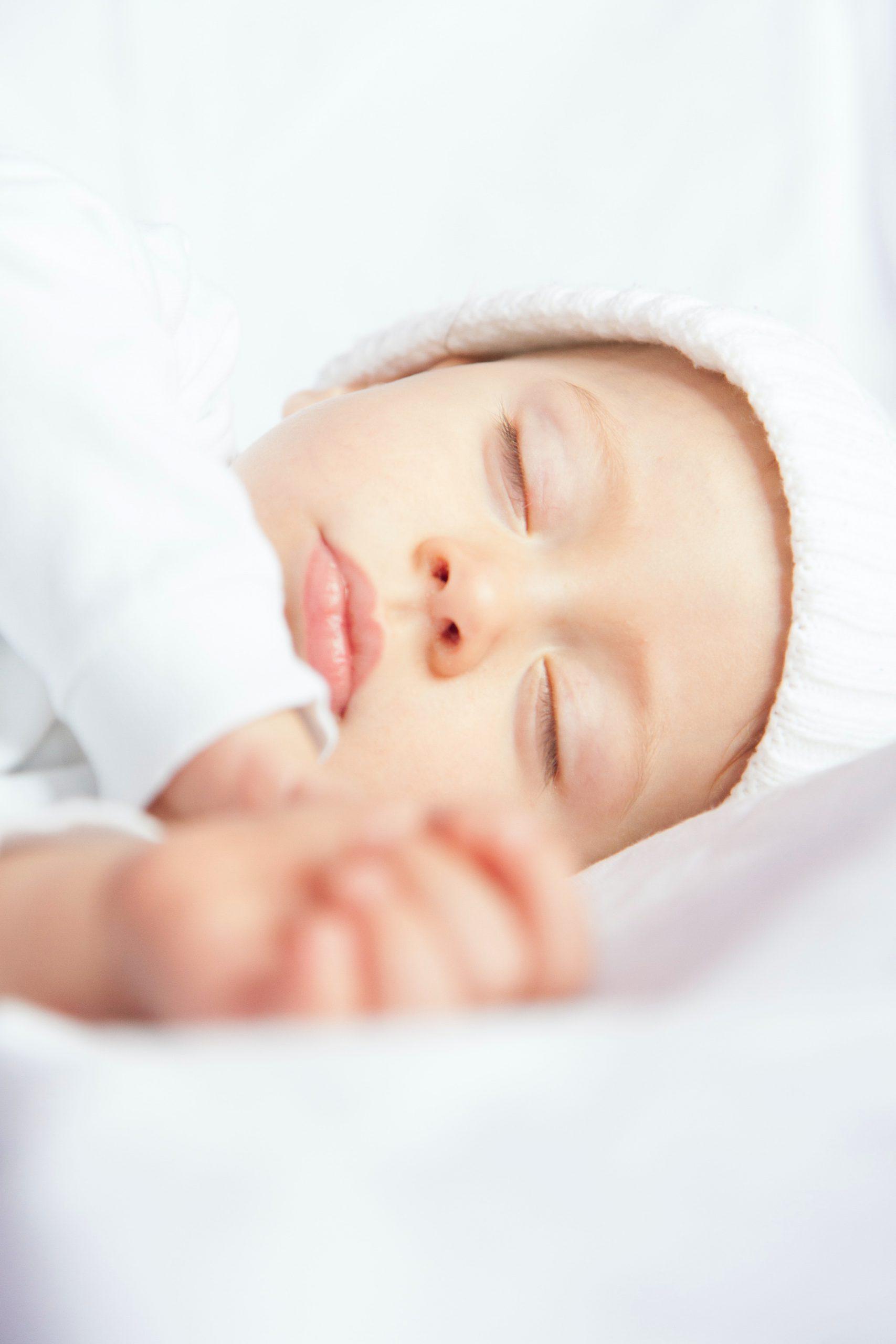 cambiar sueño bebe recien nacido